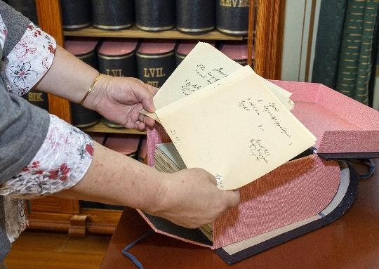 Digitalizált kéziratos lapkatalógus